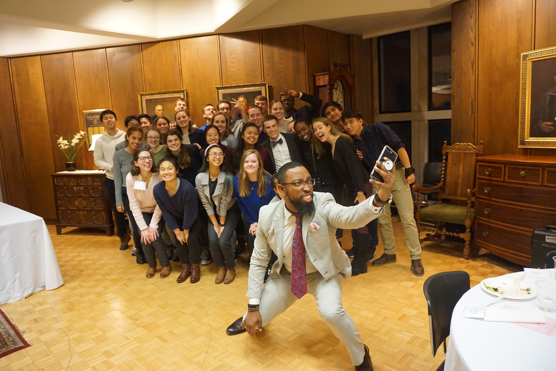 Group selfie at Chapel Scholars Dinner